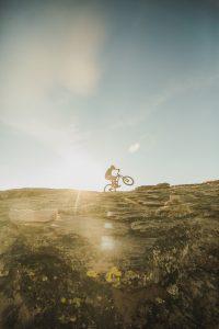 How to Downhill Mountain bike