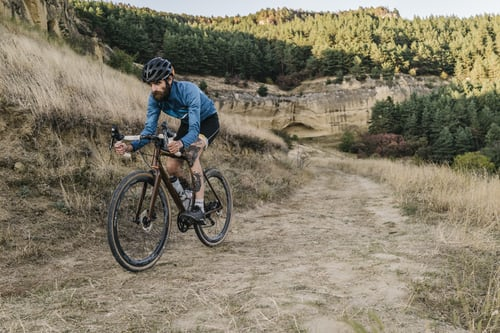 Nutrition tips for long-distance cycling